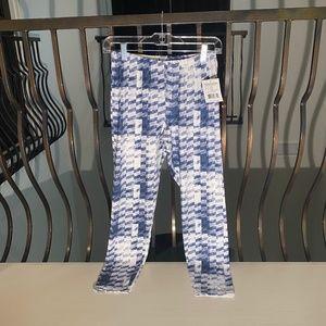 elastic navy and white leggings